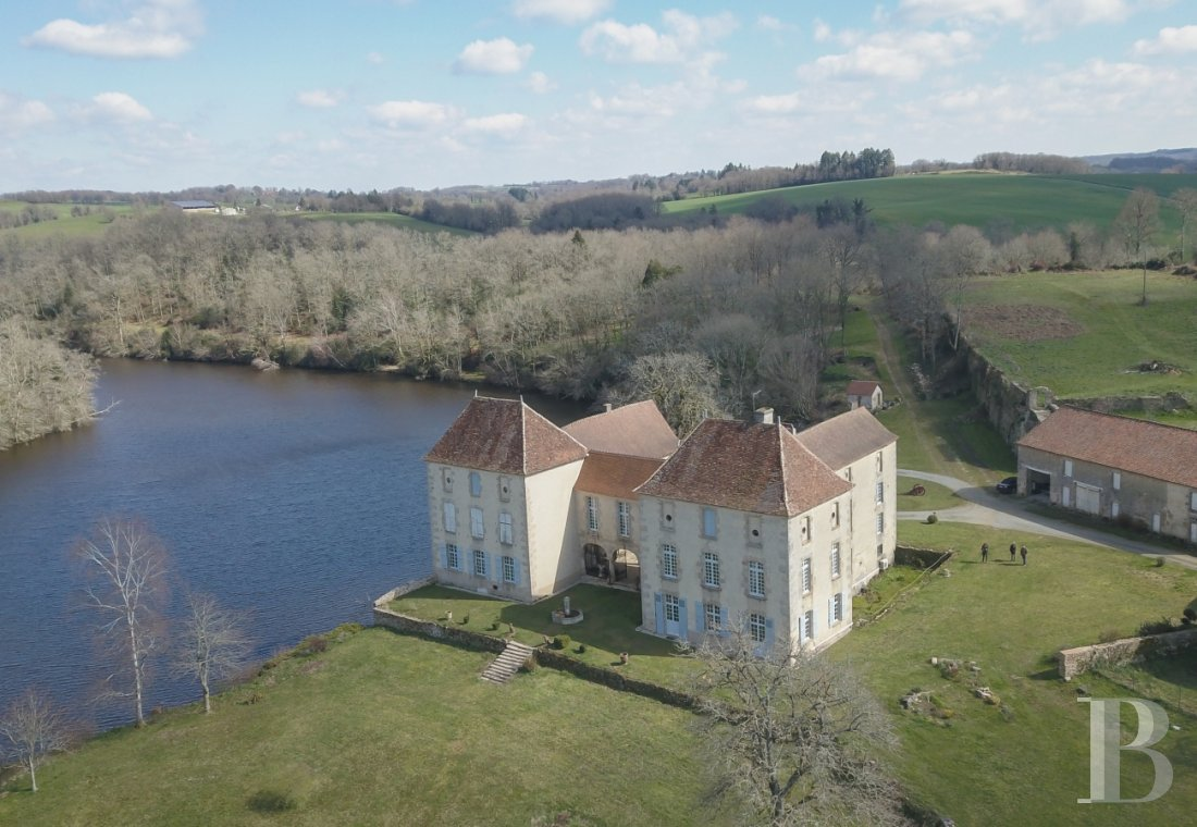 chateaux for sale France limousin   - 1