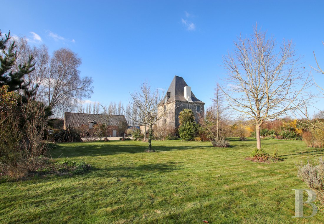 Manors for sale - brittany - Near Saint-Malo and Dol-de-Bretagne,  a 17th century manor and its outbuildings in a 9000 m² park