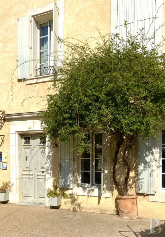 Residences for sale - languedoc-roussillon - In the Aude, on a preserved peninsula near the beaches,  a 17th century house in the heart of the village