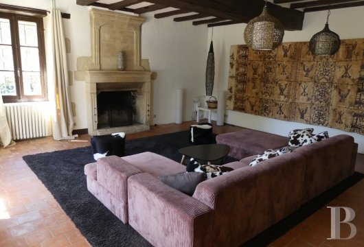 character properties France poitou charentes residences farms - 2