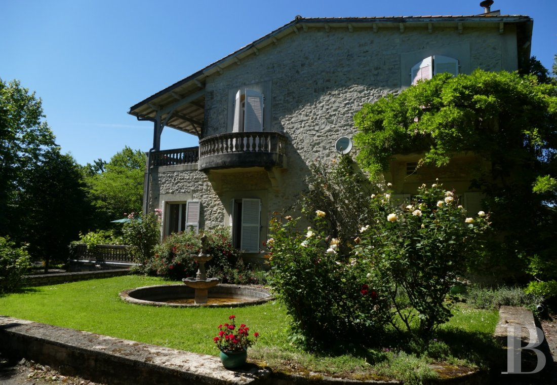 France mansions for sale poitou charentes manors for - 6