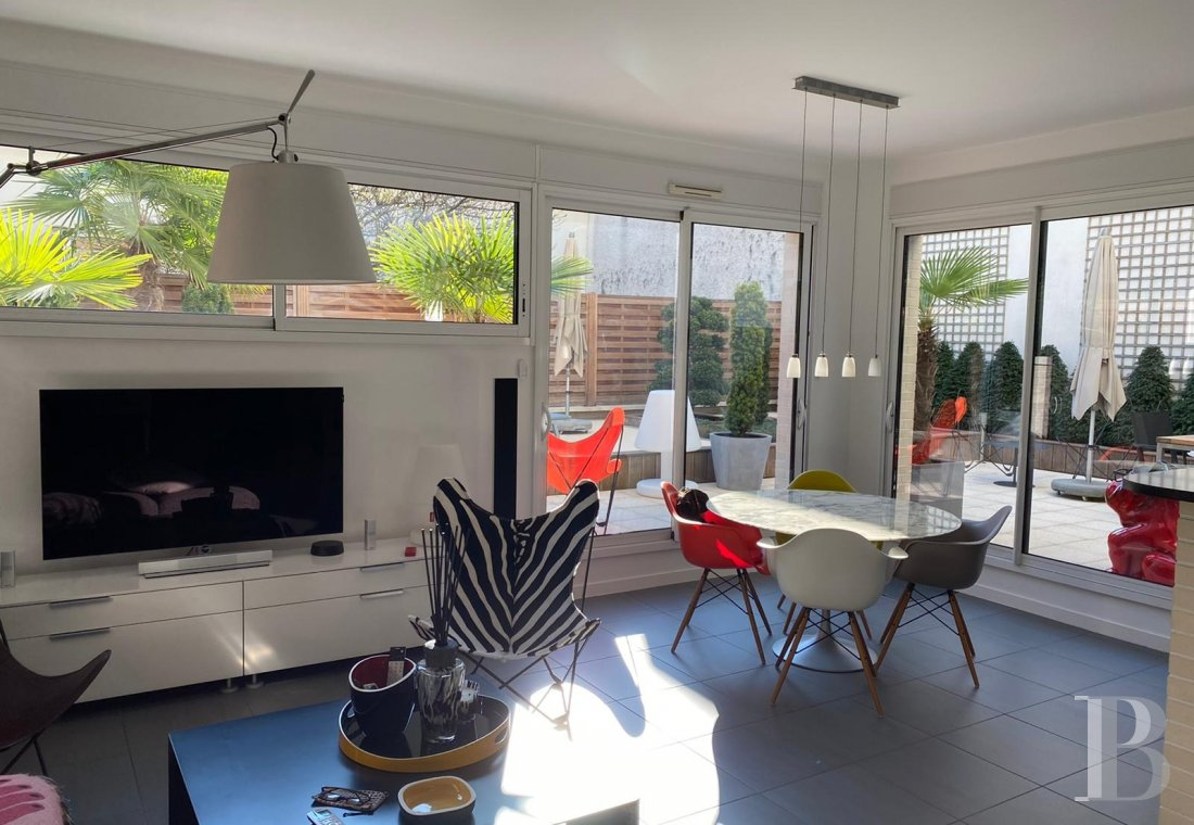 apartments for sale - paris - A bright, 73 m² flat and its 78 m², landscaped terrace, near the Les-Passages district and Escudier market in Boulogne-Billancourt