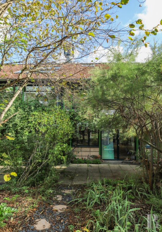 apartments for sale - paris - In Ivry-sur-Seine, a 2-storey, 196 m², open-plan flat in a pastoral setting,  part of an old industrial complex transformed into an art centre