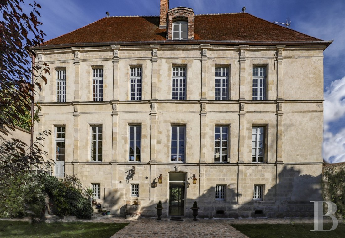 mansion houses for sale France burgundy   - 1