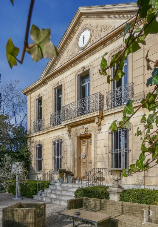 Residences for sale - provence-cote-dazur - A 19th century mansion house and its wooded parklands  in the midst of Marseille's Saint-Julien district