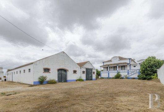 farmhouse for - 3