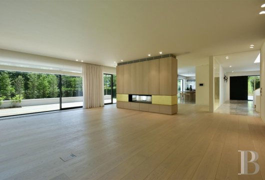 contemporary villa - 6