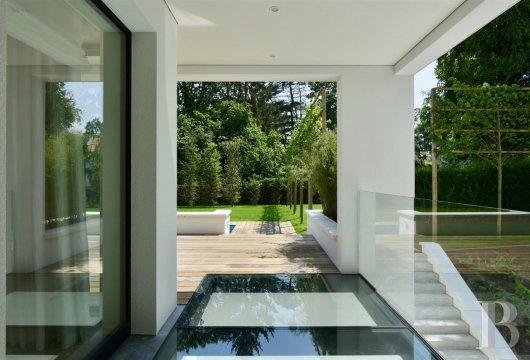 contemporary villa - 10