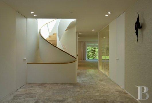 contemporary villa - 8