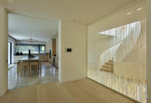 contemporary villa - 7