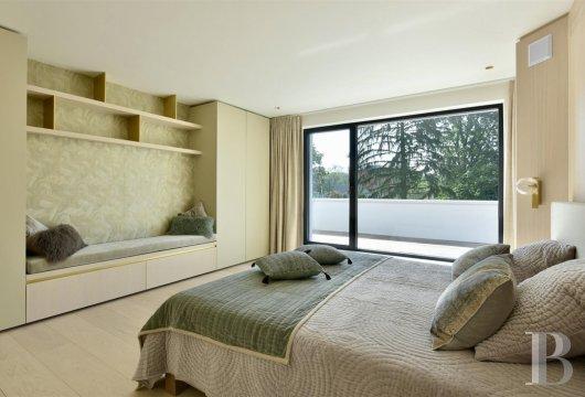 contemporary villa - 12