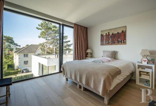 contemporary villa - 9